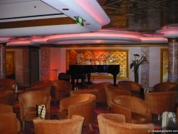 Piano aboard the NCL Pearl.jpg