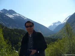 David with Skagway mountains in the background.jpg